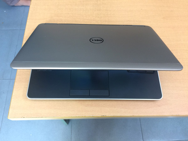 DELL LATITUDE 7240 I7 4GB 256GB SSD 12.5