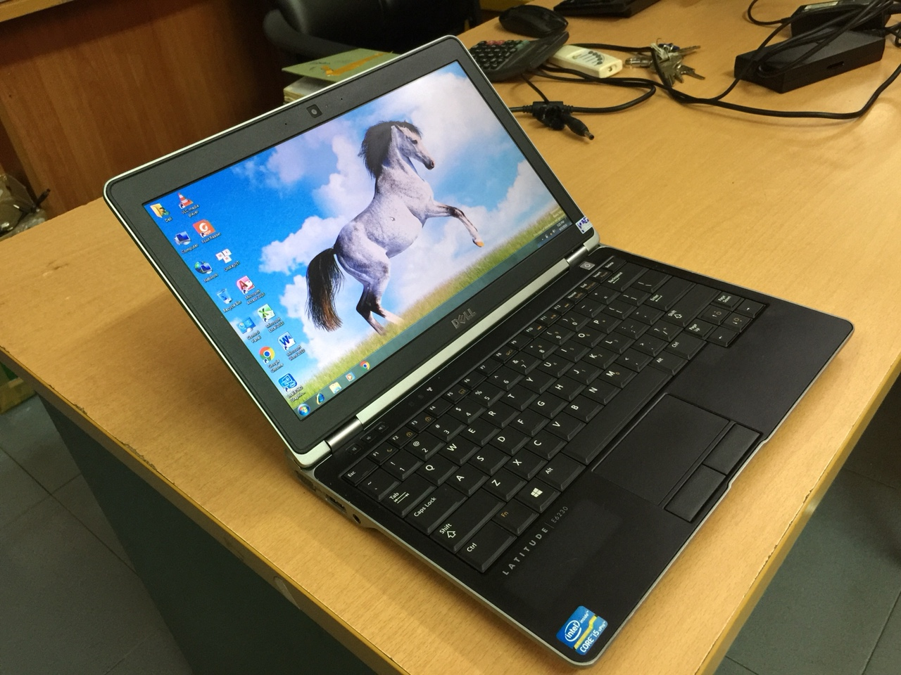 DELL LATITUDE E6230 i5 3320M 4GB 128GB SSD 12.5