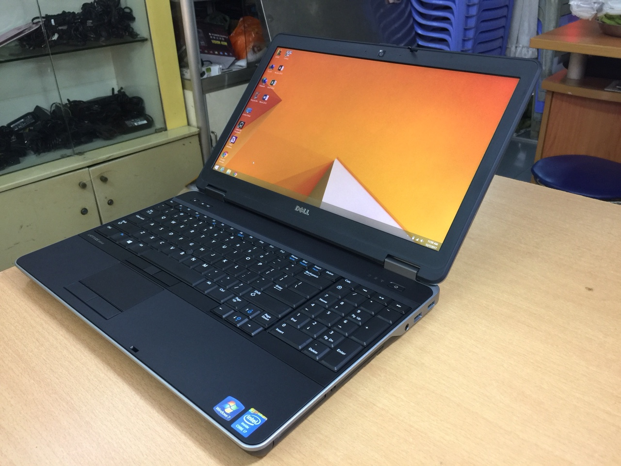"DELL LATITUDE E6540 I7 4800QM  8GB 256GB 15.6"" VGA"