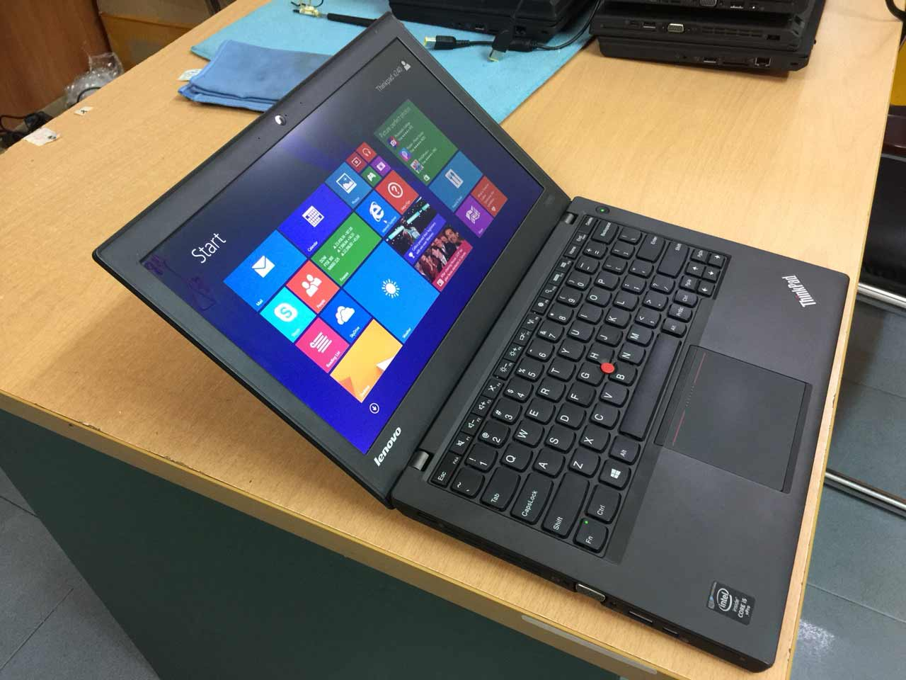 LENOVO THINKPAD X240 I5 4200U 8GB 240GB